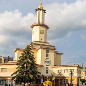 Производители натяжных потолков в Ивано-Франковск